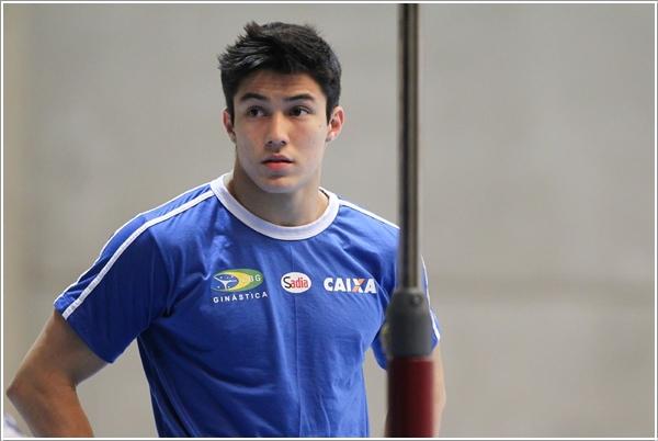 Arthur Mariano2