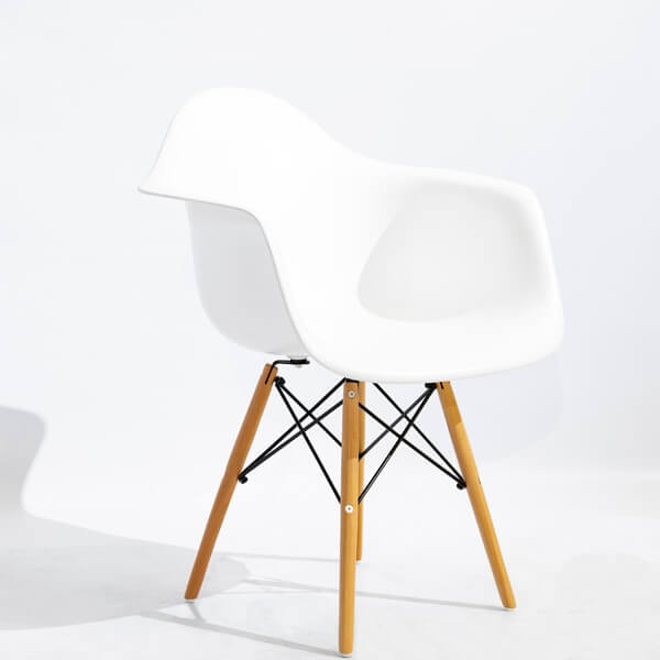 Silla Eiffel - blancode Muebles Polque