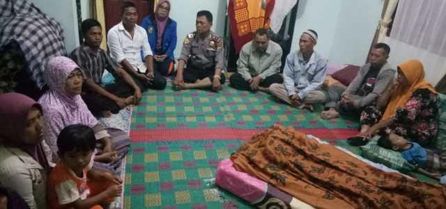 Kapolsekta Tanah Jawa Kompol J. Purba Cek Korban Meninggal Dunia Diduga Akibat Tersengat Listrik