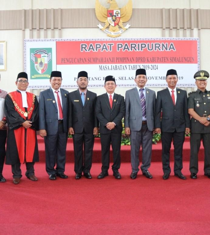 Wakapolres Simalungun Hadiri Rapat Paripurna Pengucapan Sumpah DPRD Simalungun 2019 – 2024