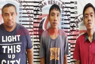 Tiga pelaku peredaran gelap dan penyalahgunaan Narkotika jenis sabu berinisial DA (34), HH (40) dan WI (23), yang berhasil ditangkap Satresnarkoba Polres Tulang Bawang di sebuah rumah yang ada di Kampung Purwajaya