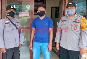 Pria berinisial MS (33), warga Kampung Mahabang, ditangkap Polsek Dente Teladas karena mencuri barang-barang milik SMK Negeri 1 Dente Teladas