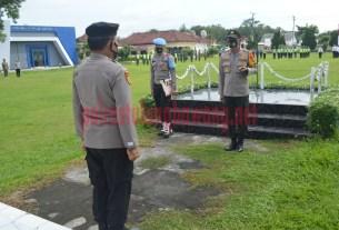 Kapolres Tulang Bawang AKBP Andy Siswantoro, SIK usai memimpin Apel Gelar Pasukan Operasi Lilin Krakatau-2020, di lapangan Mapolres setempat