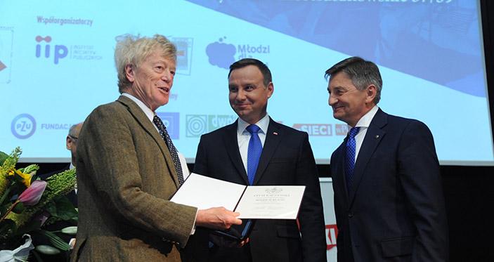 rogers scruton; andrzje duda; marszałek Kuchciński