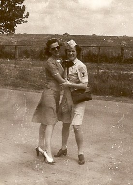 1945-adeline-and-friend