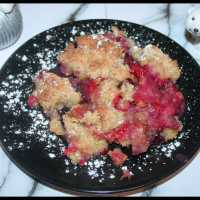Un Crumble de Pommes, Framboises & Myrtilles