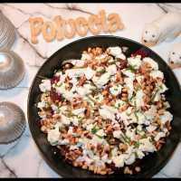 Salade d'endives, betteraves, feta & pignons grillés