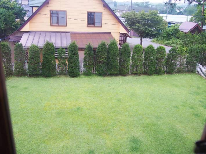 ペンションリンデンバーム きれいな芝のドッグラン