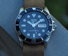 Perfection lies in a 12 o'clock lume pip.