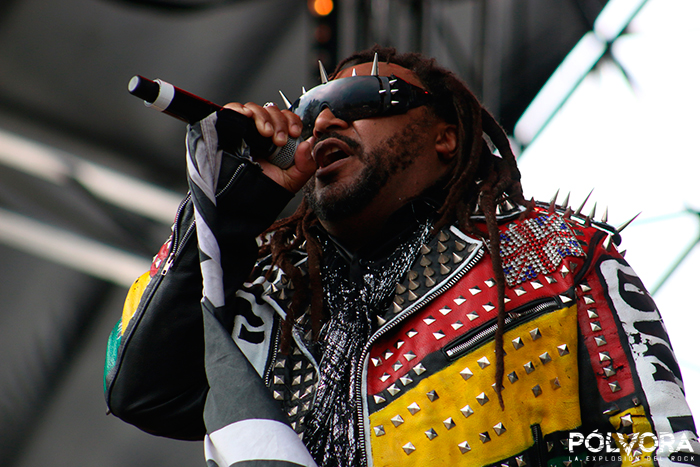 skindred-hh18-mexico-2018-polvora-1