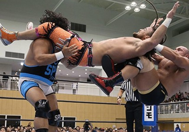 NJPW-WTL-Cobb-Elgin