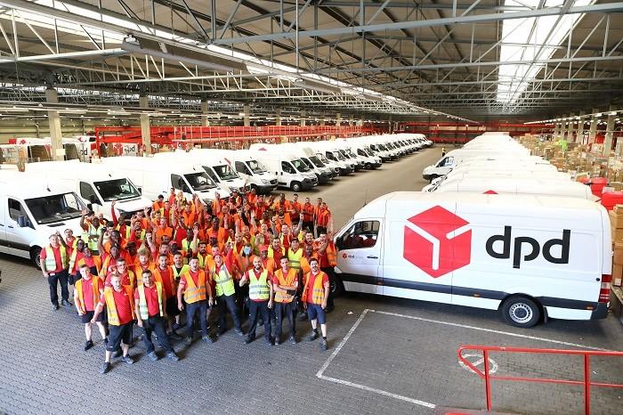 Работники склада в курьерскую службу DPD в г. Жешув