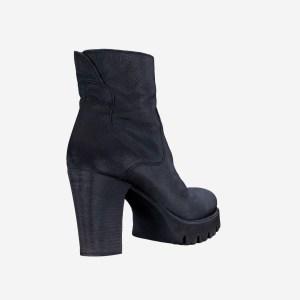 Black Leeather Zipper Boots Heels