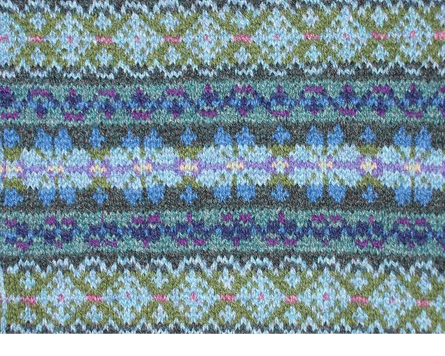 Fair Isle knit sample (via patchworksbydebi.com)