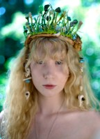 Laura in Woodland Crown