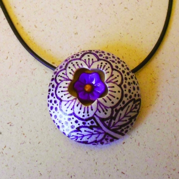 Hidden_Flower_pendant