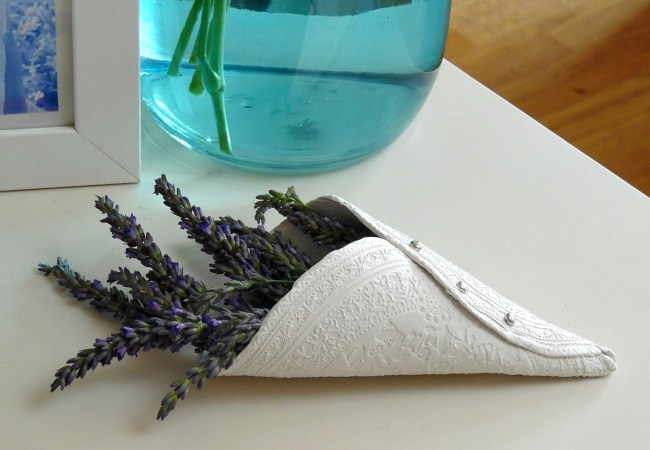 Clay Flower Cones