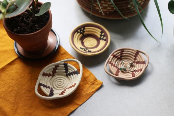 Faux Basket Ring Dish