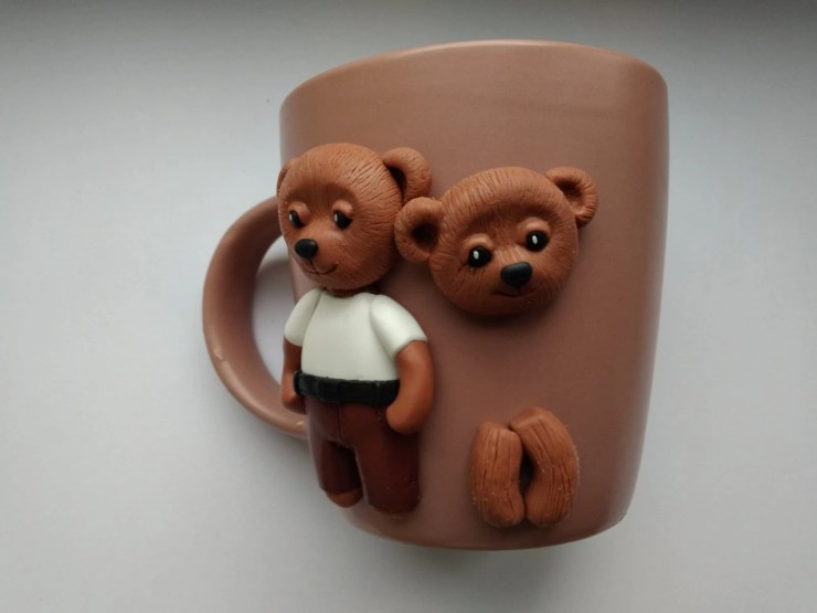 12 Polymer clay cup decor: A couple of bears