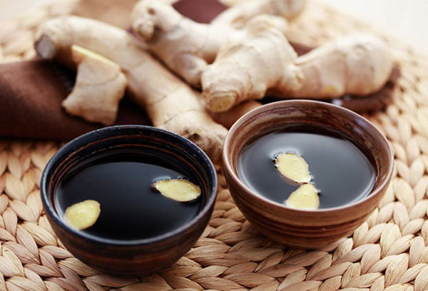 Рецепты чая с ромашкой и имбирем — польза и вред для здоровья
