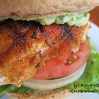 blackened chicken sandwiches with avocado cream sauce