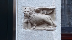 Winged Lion + Open Book = Peace.