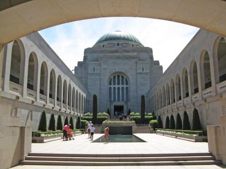Canberras war memorial
