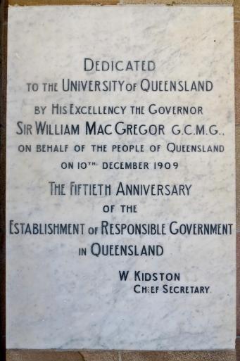 QUT Brisbane-13_2196x3304