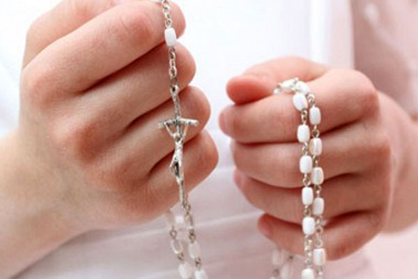 Maria: Łaski płynące z modlitwy