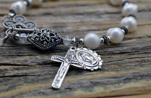 Ila: Rok z Matką Bożą