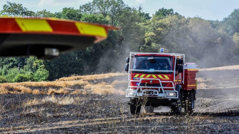 ?? Fontoy (57) : Feu de chaume d'un hectare