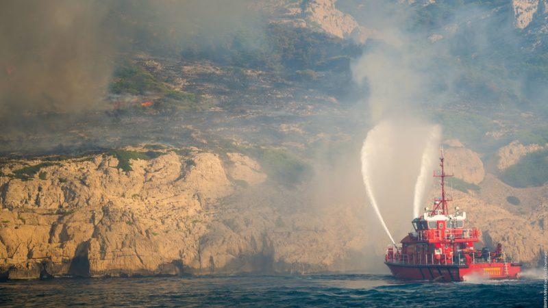 🇫🇷 Marseille (13) : Feu de végétation dans le Parc national des Calanques
