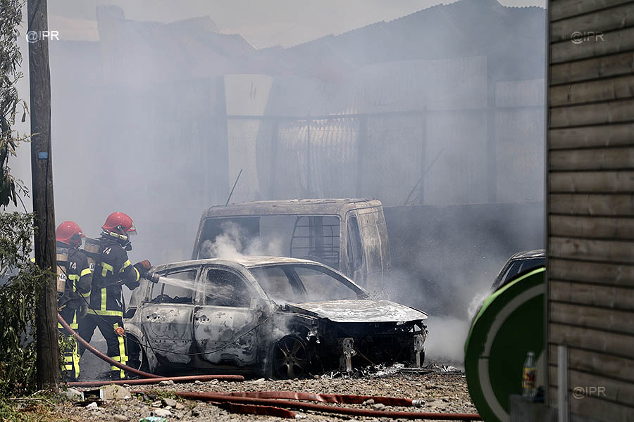 🇫🇷 Cambaie (974) : Un employé décédé et 12 pompiers blessés dans un feu d'entrepôt