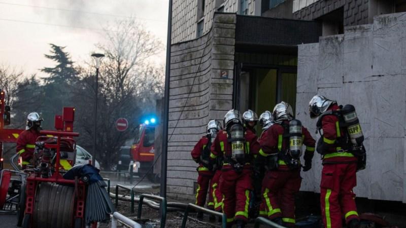 ?? Aulnay-sous-Bois (93) : Deux sapeurs-pompiers de Paris brûlés dans un violent incendie