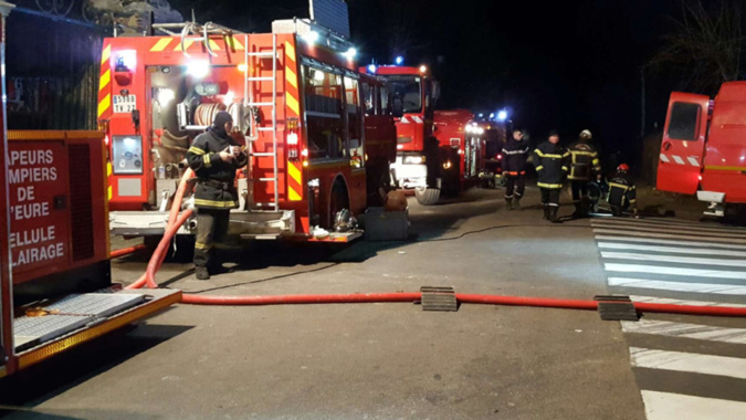 ?? Val-de-Reuil (27) : Incendie dans un parc animalier