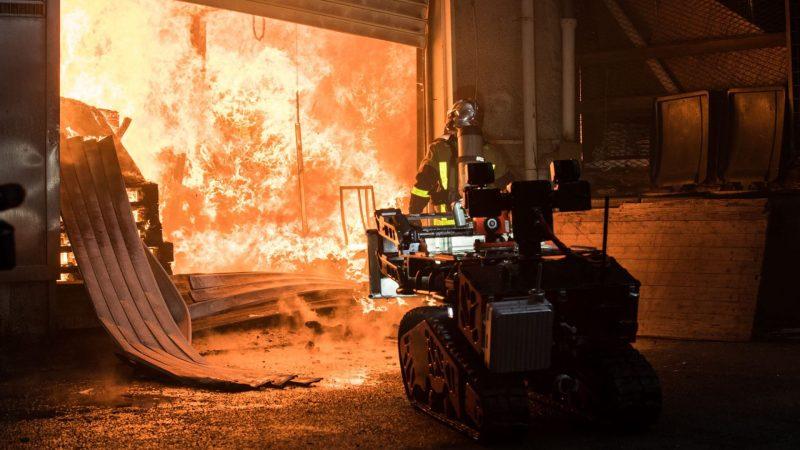 ?? Aubervilliers (93) : Un incendie ravage trois entrepôts