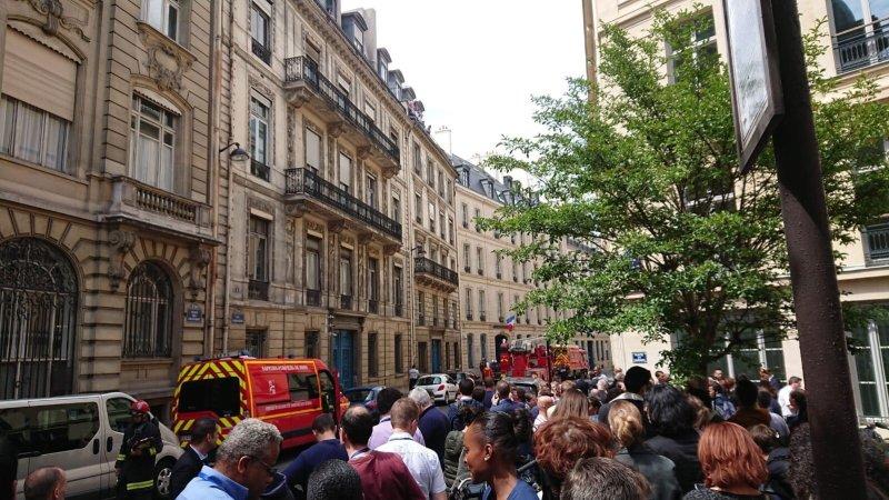 ?? Paris (75) : L'incendie dans un bâtiment annexe au ministère de l'Intérieur provoque son évacuation