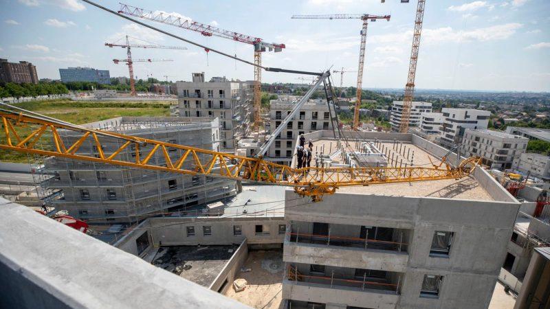 ?? Noisy-le-Grand (93) : Chute d'une grue de 30 mètres sur deux immeubles