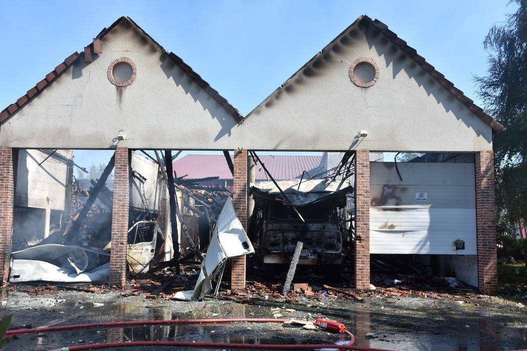 ?? Foëcy (18) : Le centre de secours ravagé par un incendie