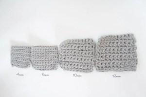埼玉県所沢市のかぎ針編み教室pomponnerで使うzpagettiレッスンの編み地を並べた時