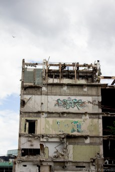 Yet there's still significant damage five years after the earthquake. © Violet Acevedo