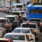 Servicio de transporte por valor inferior al comercial – Implica que no es gratuito y por tanto gravado con el IVA.