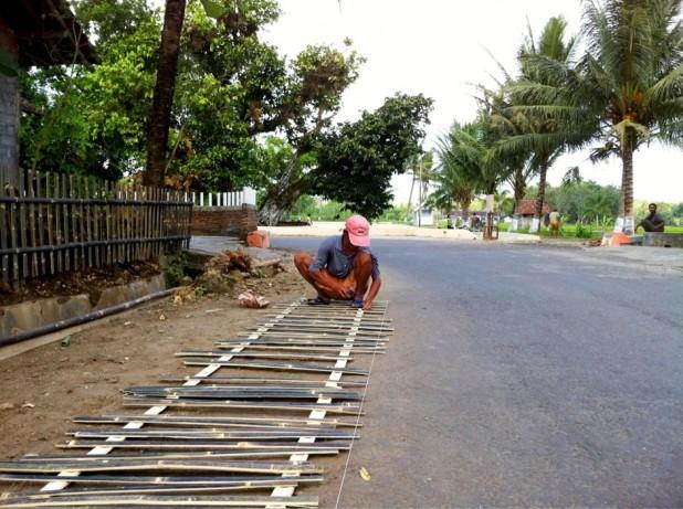 Desa Ponjong Lomba Desa Propinsi 2011-0001