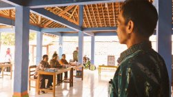 Pak Sumanta Pak Tukiman Pak Sakbani dan Pak Sunaryo Panitia Dusun Sumber Lor