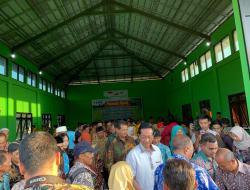 Panen Padi DEM Area Budidaya Tanaman Sehat Bersama Gubernur D. I. Yogyakarta Sri Sultan Hamengku Buwono X