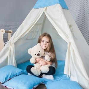 משחק לילדים בבית אוהל לילדים