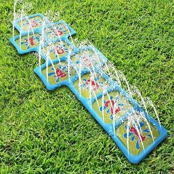 צעצועי מים לחצר