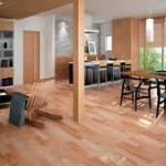 一戸建てリビングの床材の決め方とは?