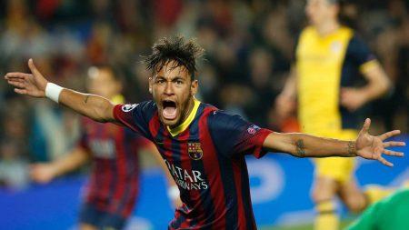DP BBM Aksi Neymar Junior Di Lapangan