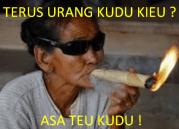 Meme Lucu nenek gokil terbaru